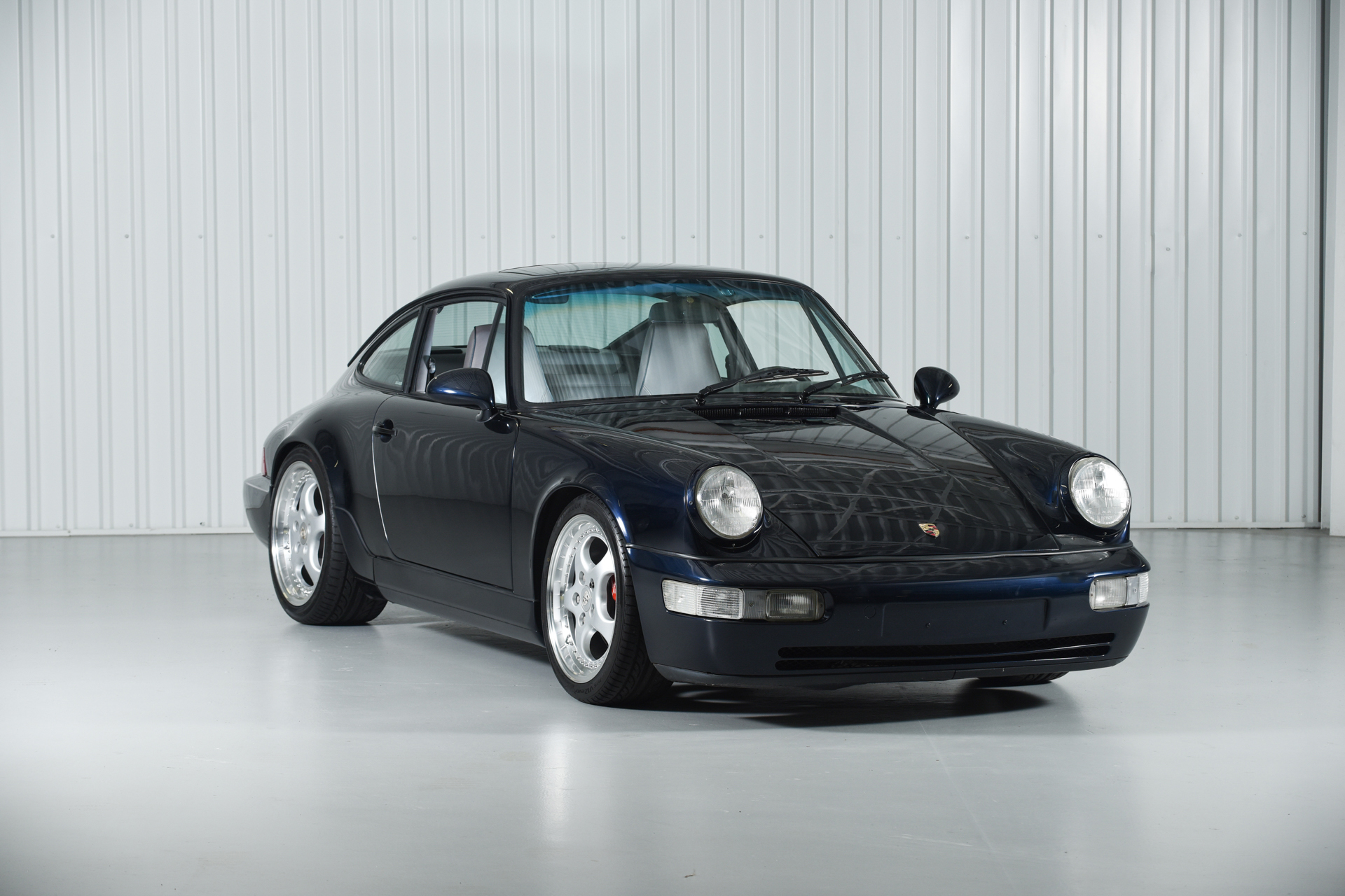 1992 porsche 964 carrera 2 men 39 s best guide. Black Bedroom Furniture Sets. Home Design Ideas