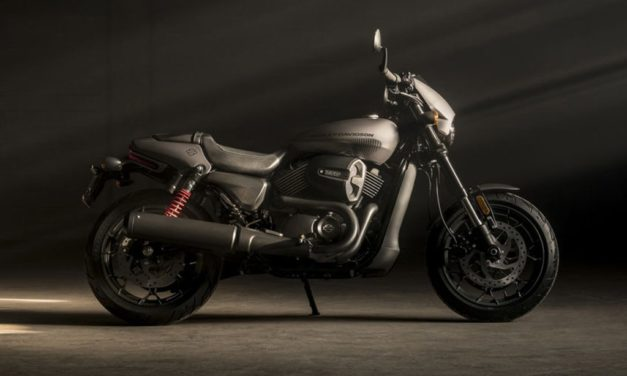 HARLEY'S NEW 'ROD' LOOKS… NOTHING LIKE A HARLEY