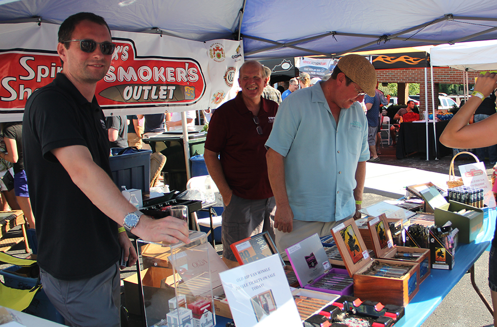 Mike Fisk, Tom McDevitt & Steve Compton with Cox's Smoker's Outlet