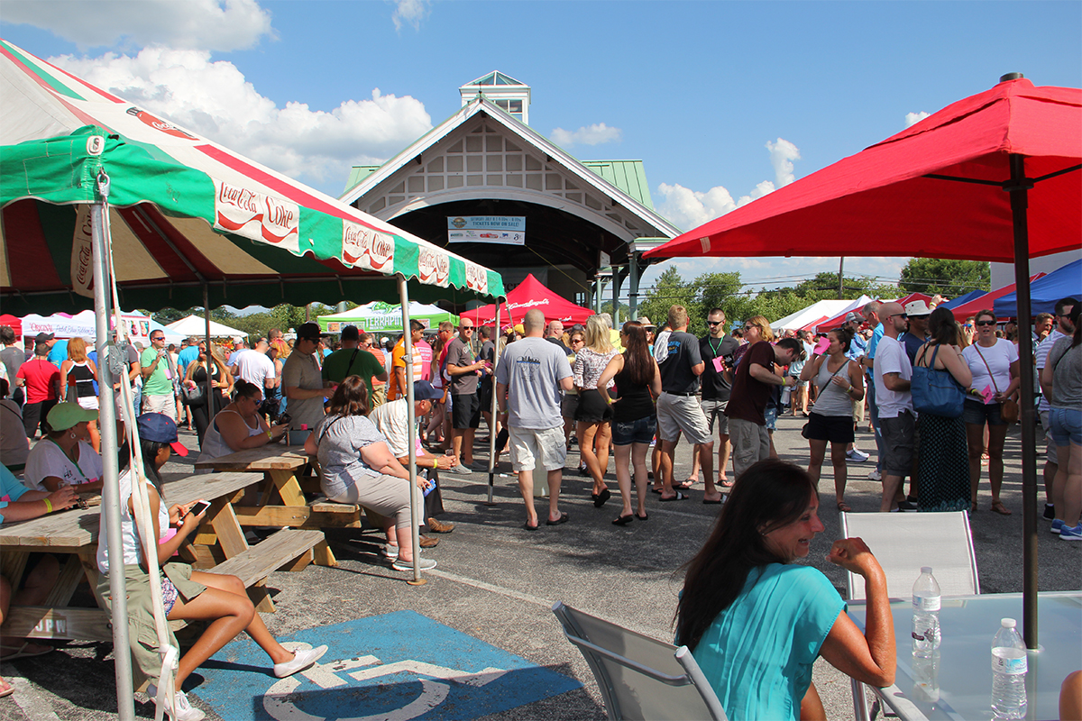 J'Town Chamber of Commerce and Cox's Smoker's Outlet hosted the J'Town Craft Brew Fest